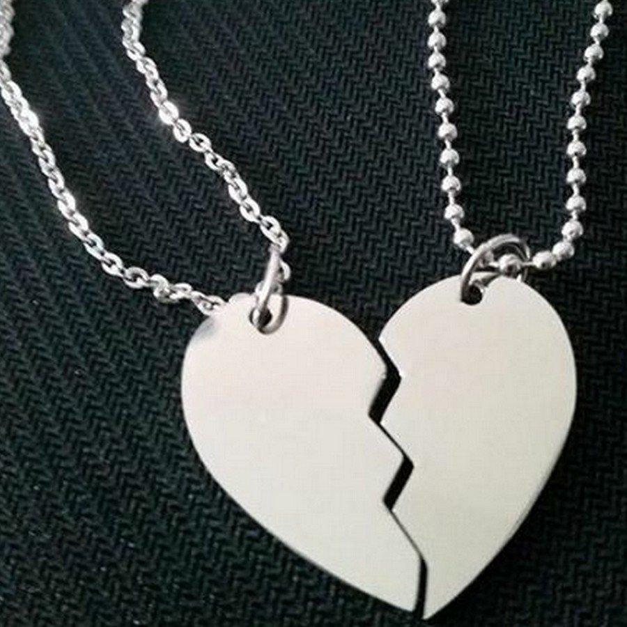 dcb45a27501b ... graver  Pendentif coeur secable  Collier coeur brisé